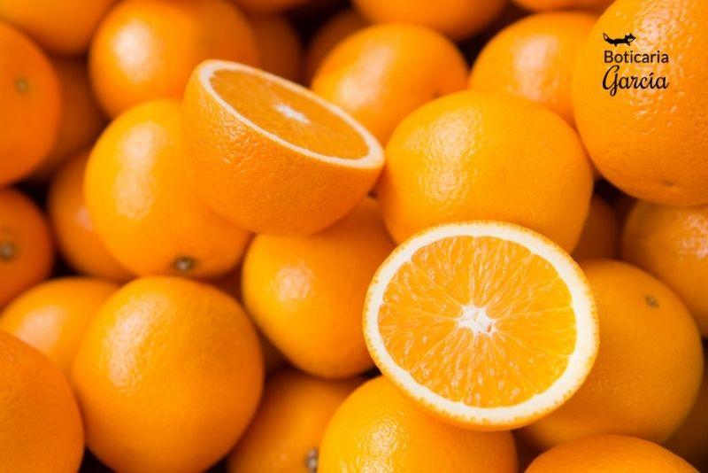 Las naranjas tienen vitamina C