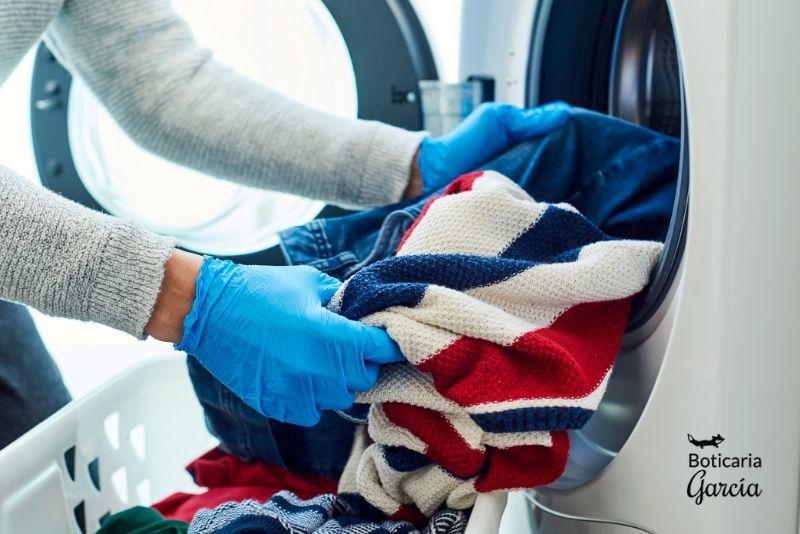 Cómo lavar la ropa en caso de Covid