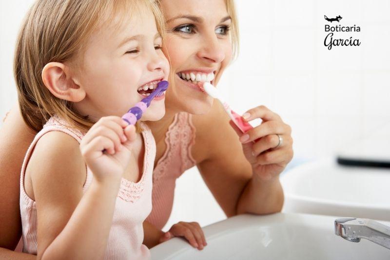Lavado de dientes en niños